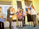 Дмитрий Крашенинников  сделал подарки школьникам