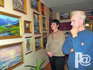 Живет в селе художник