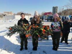 В Троицке возложили цветы в честь 32-й годовщины вывода войск из Афганистана