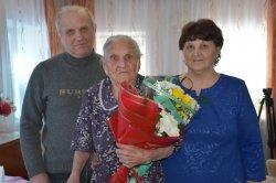 Она никогда не сидела без работы: троичанка отметила столетний юбилей