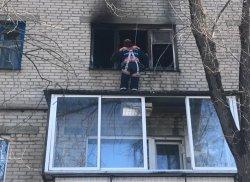 Пожар на Строителей, 22: эвакуировано 15 человек