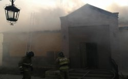 Пожар в сауне тушили несколько часов