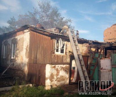 Огнеборцы не дали огню уйти в квартиры