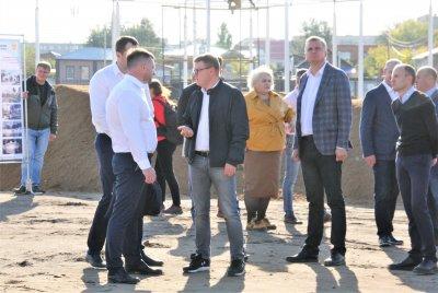 Губернатор посетил Троицк