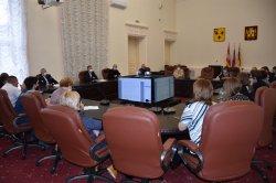 Александр Виноградов провел рабочее совещание с работодателями города по вопросу организации вакцинации от COVID-19
