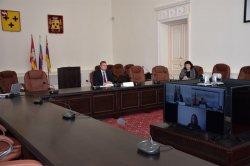 Глава города Троицка Александр Виноградов и начальник канцелярии иностранных дел города Хэйхэ КНР провели встречу